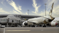 Etihad signs 787 fleet maintenance deal with Boeing