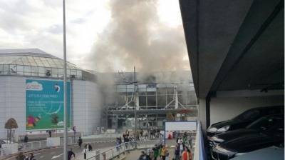 Brussels Airport evacuated after two explosions