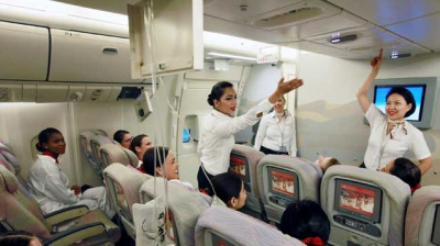 PHOTOS: Cabin crew training at Emirates
