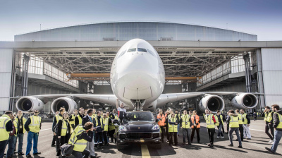 Air France helps Porsche get into the record books