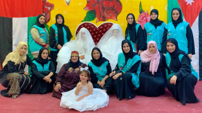 On Emirati Women's Day, Etihad gifts clothes to Syrian refugees