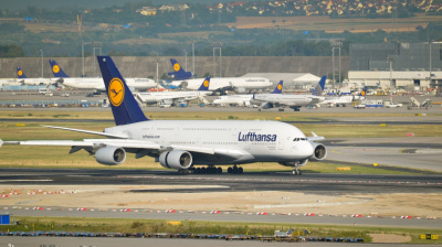 Lufthansa's entire A380 fleet mothballed for two years