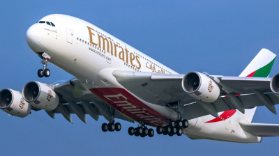 A380 returns to the skies as Emirates calls superjumbo back into service