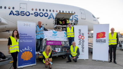 Airbus A350 XWB ferries aid from France to Beirut