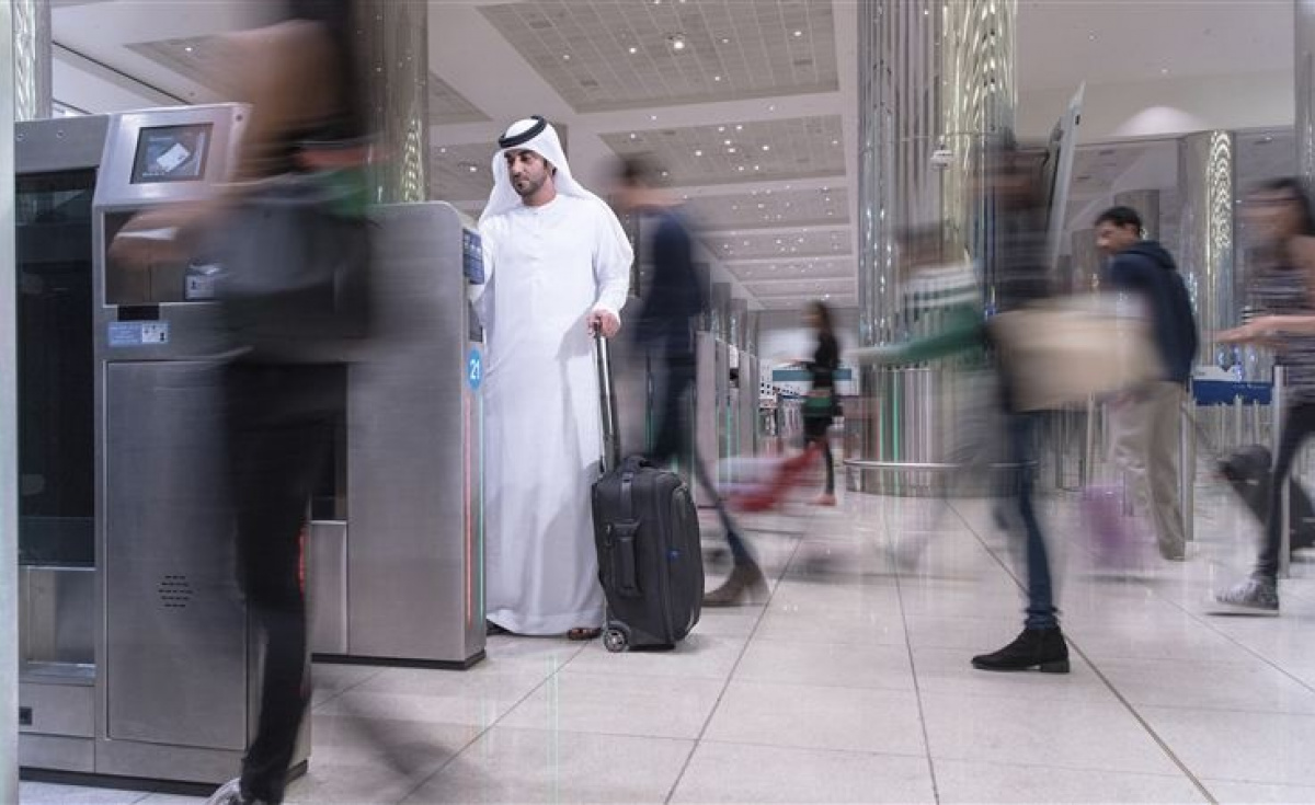 The 96-hour, AED 300 visa can be used by all passengers with trips planned from Abu Dhabi, or with intermediate flights through Abu Dhabi on the way to their destination if their layover exceeds four hours.