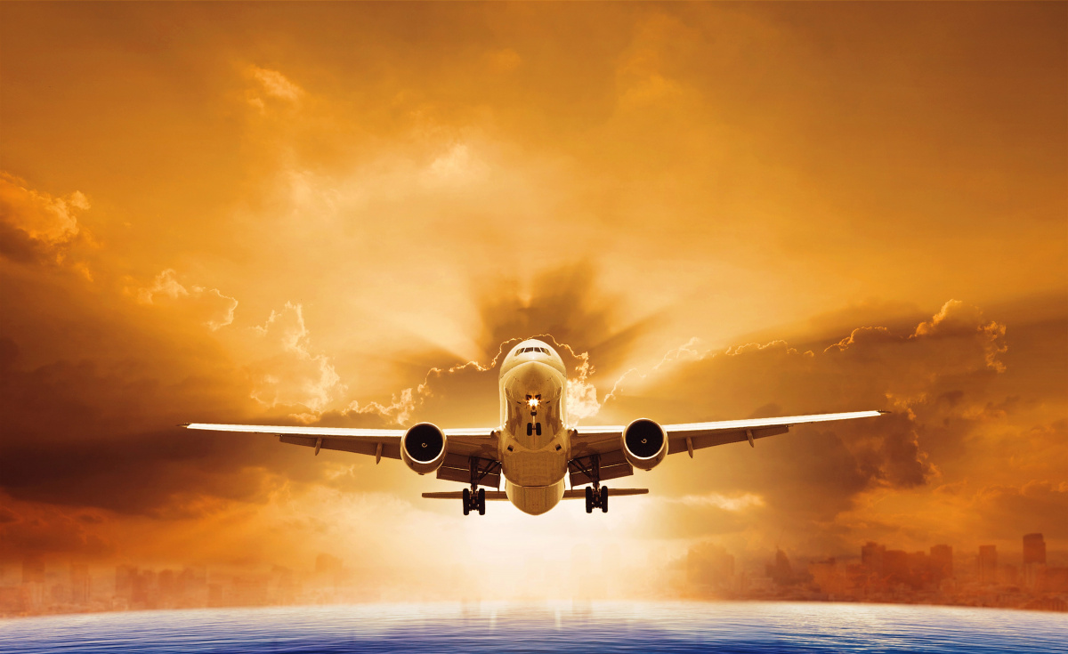 Hubbard brings over three decades of experience in aircraft leasing and financial management to the role.