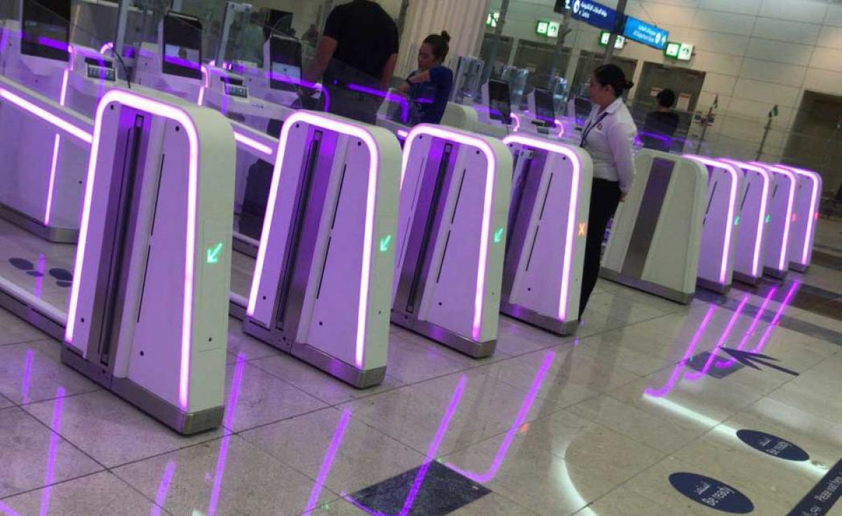 The e-gates across the immigration checkpoints served more than 6,500 million inbound passengers from January to March 2018 and more than 6,800 outbound passengers during the same period, more than 13,500 million in total.