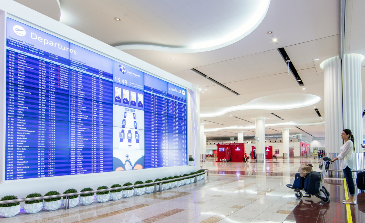 The deployment of Samsung's SoC-based displays has enabled Dubai Airports to operate its new VisionAir FIDS software without external PCs. This consolidated approach helps to not only reduce the airport's electrical footprint but also cut back on operational costs.