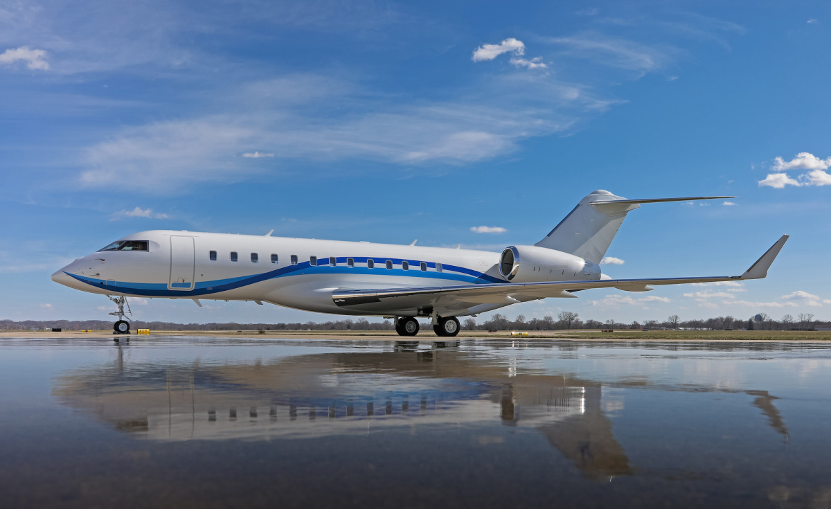 Boasting exceptional long-haul capabilities, the Bombardier Global 6000 has a flight range of 6,000 nautical miles.
