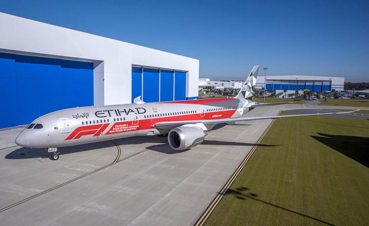 The design was painted on a Boeing 787-9 at the Boeing facility in Charleston, South Carolina.