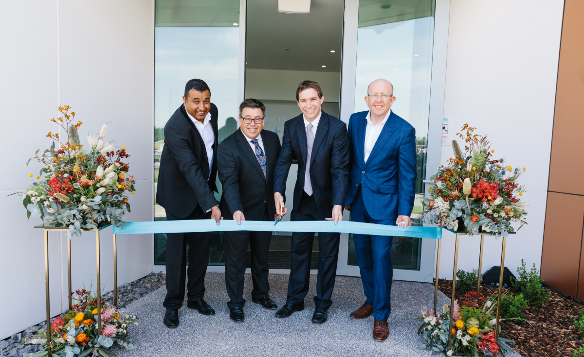 From L-R: Hiranjan Aloysius, CEO of dnata Catering Australia; Robin Padgett, Divisional Senior Vice President, International Catering, dnata; Alistair Coe, MLA, Leader of the Canberra Liberals; and Stephen Byron, Managing Director, Canberra Airport, celebrate the opening of the new Canberra facility.