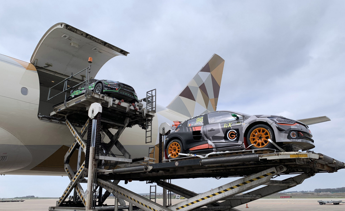 Serving as the official airline partner for the motorsport event, Etihad Cargo also delivered over 200 cubic metres of spare parts along with the racing vehicles.