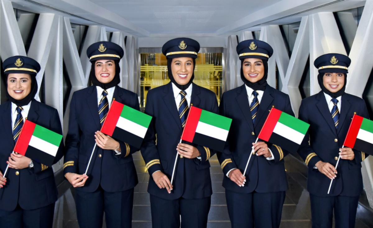 Emirates' first officers Hanan Mohamed, Bakhita AlMheiri, Ayesha Yousuf, Nouf Omar and Maryam Bin Ismail.
